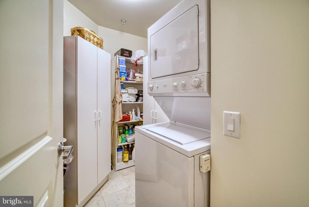 Strategically stacked washer dryer = more storage - 1830 FOUNTAIN DR #604, RESTON