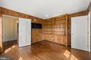 library with pine paneling - 20707 ST LOUIS RD, PURCELLVILLE