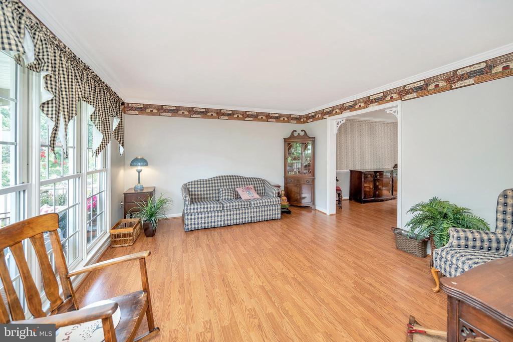 Living Room - 11704 TALBOT CT, FREDERICKSBURG
