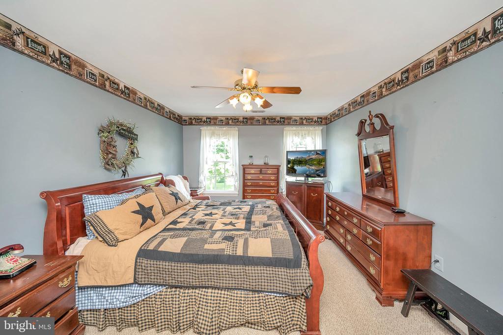 Master bedroom - 11704 TALBOT CT, FREDERICKSBURG