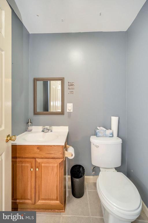Half bath in basement - 11704 TALBOT CT, FREDERICKSBURG