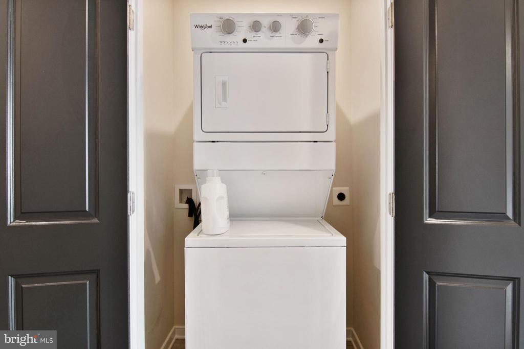 Laundry Room - 200 BARNWELL DR, STAFFORD