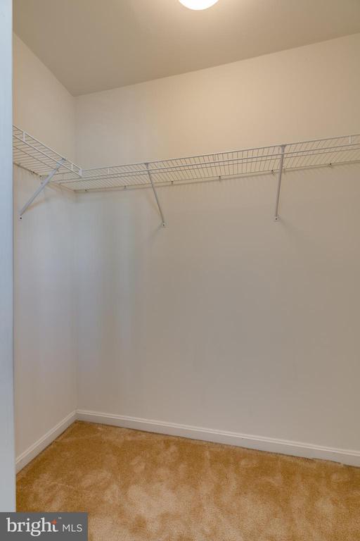 Bedroom two walk-in closet - 1435 N VAN DORN ST #B, ALEXANDRIA