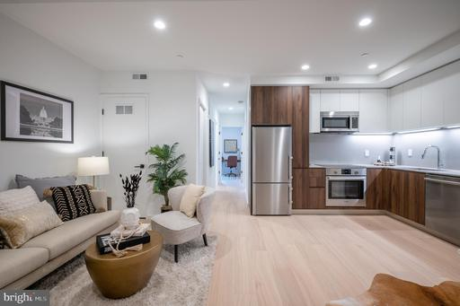 424 M ST NW #5
