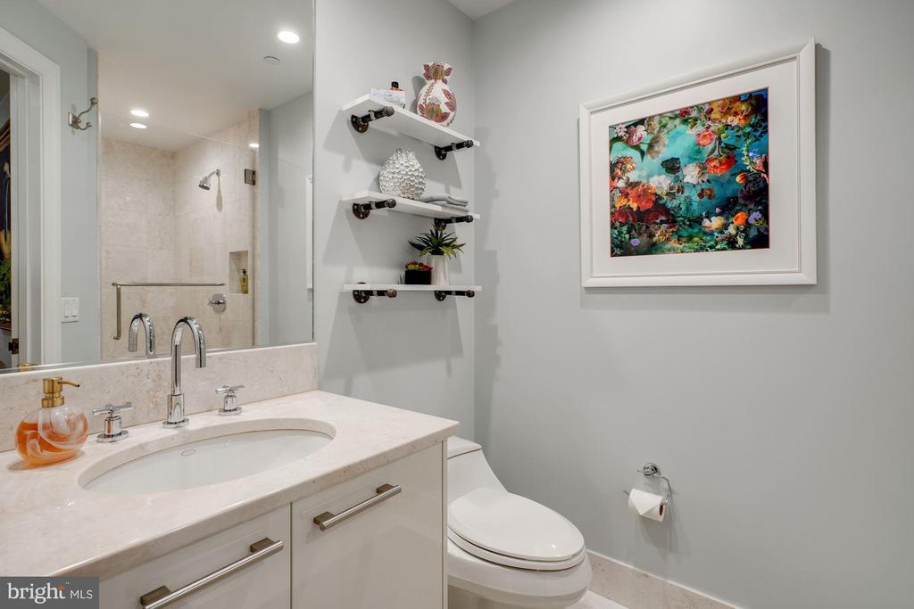 Full Bathroom #2 - Great Shelving & 1 Piece Toilet - 1881 N NASH ST #307, ARLINGTON