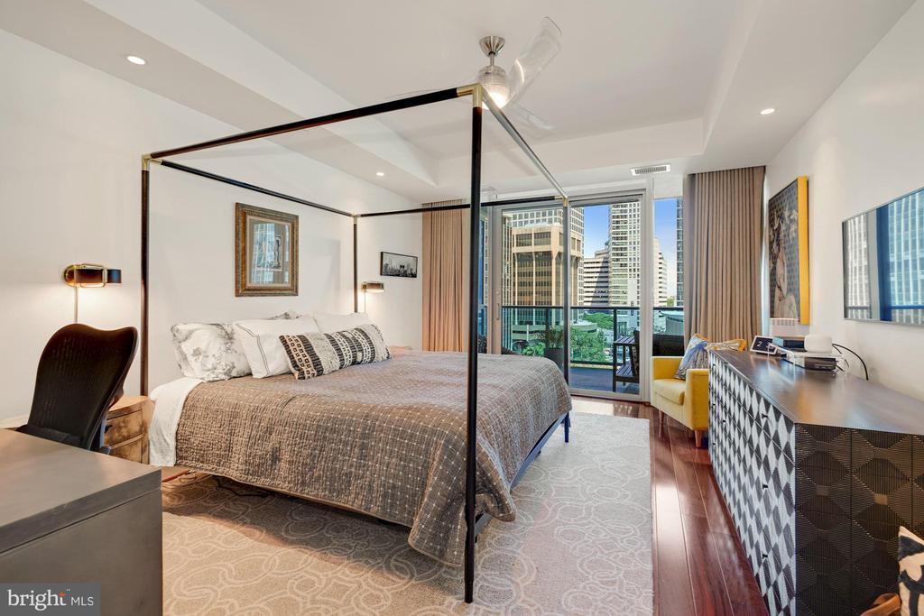 Bedroom -Spectacular Views Through Wall of Windows - 1881 N NASH ST #307, ARLINGTON