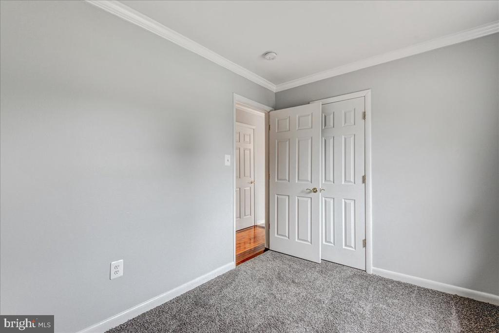 Crown molding, new carpeting and paint in bedroom. - 222 AUSTIN, STAFFORD