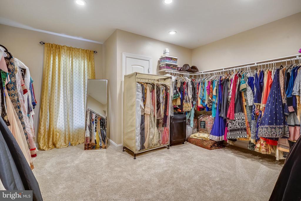 Bonus Room could serve as a Seasonal Closet - 2539 DONNS WAY, OAKTON