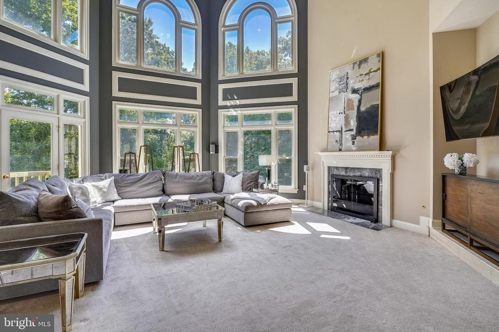 Great Room Enjoys another Gas Fireplace - 2539 DONNS WAY, OAKTON