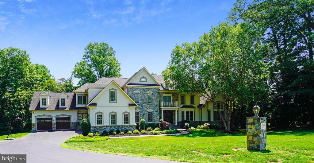 Your Home for the Ages - 2539 DONNS WAY, OAKTON