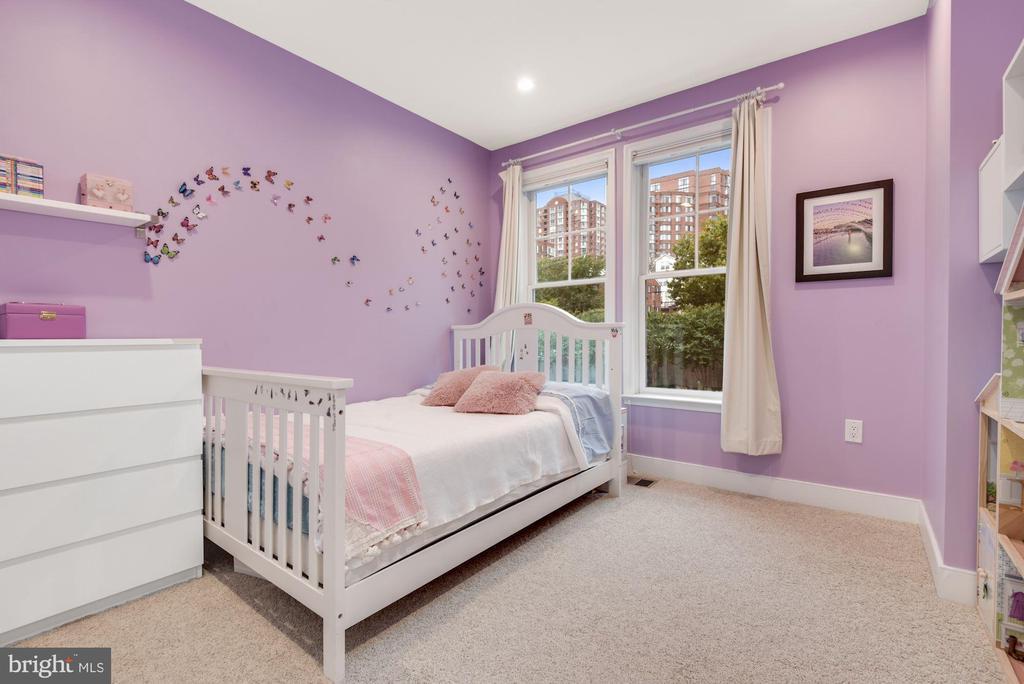 Second Bedroom - 1418 N RHODES ST #B116, ARLINGTON