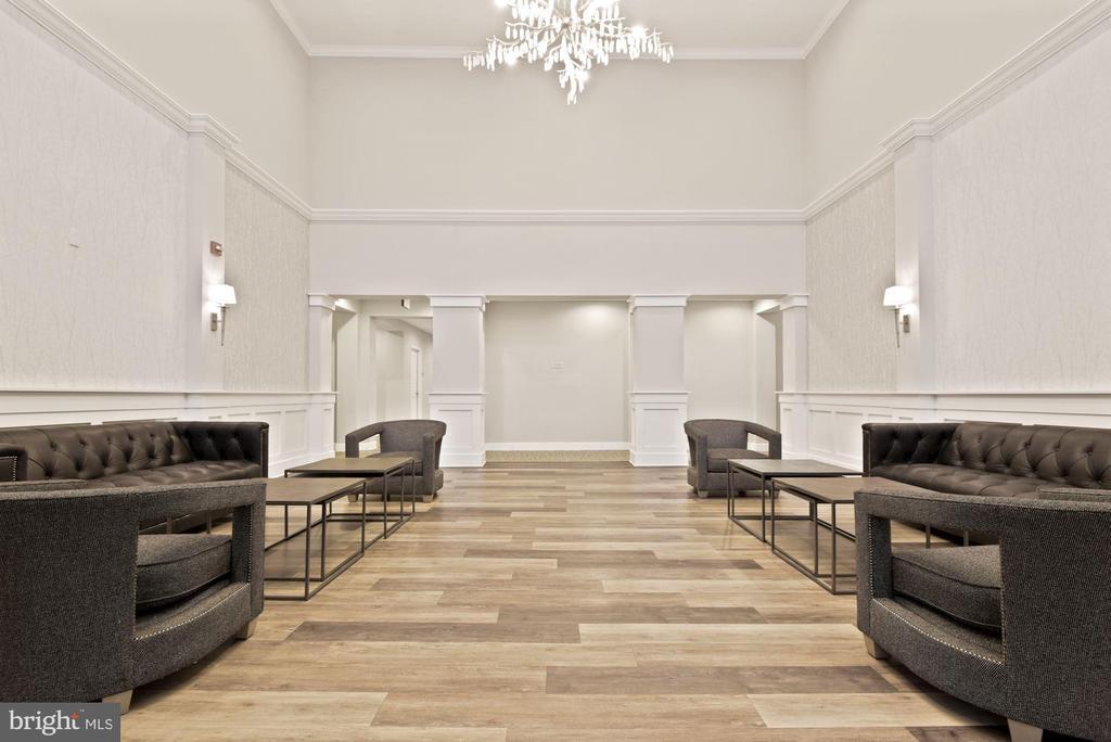 Luxurious Lobby - 1418 N RHODES ST #B116, ARLINGTON