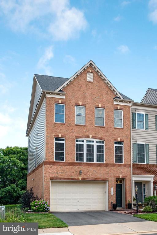 Welcome to 21260 Park Grove! - 21260 PARK GROVE TER, ASHBURN