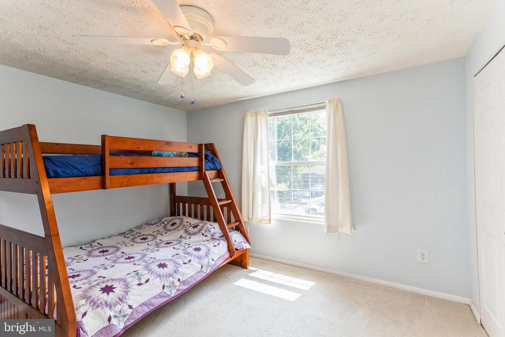 4th BR with bunk beds - 108 ALMEY CT, STERLING