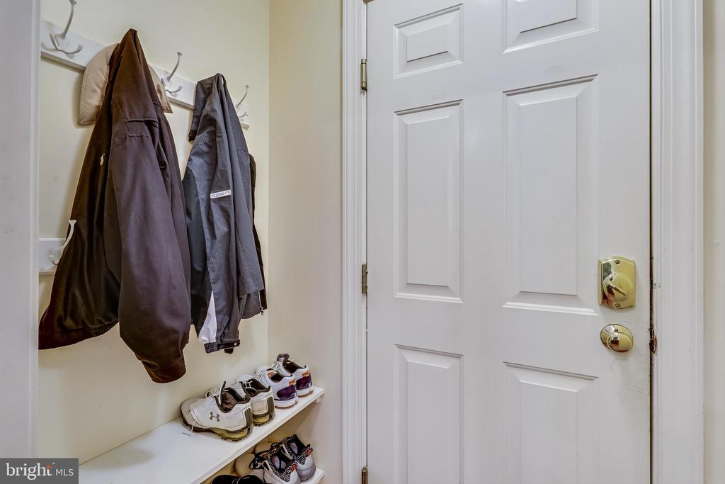 Mud room. - 208 ROSALIE COVE CT, SILVER SPRING