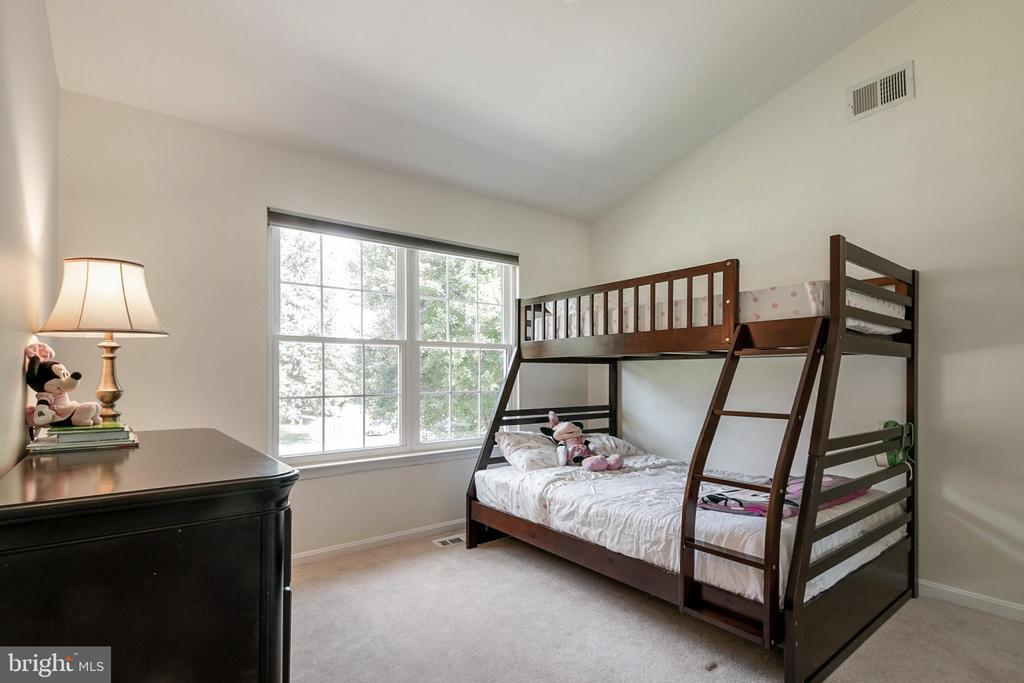 3rd Bedroom - 5363 SATTERFIELD DR, WOODBRIDGE