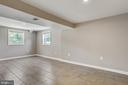 Lots of Natural Light and New Flooring - 6508 HAYSTACK RD, ALEXANDRIA