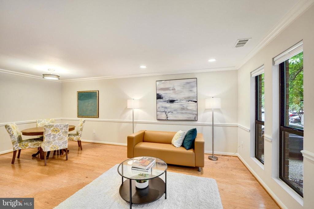 dining room flows into living for gatherings - 4427 7TH ST N, ARLINGTON