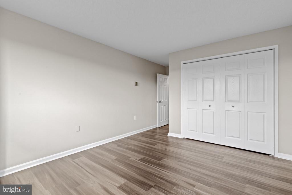 3er bedroom with closet. - 2500 N VAN DORN #1128, ALEXANDRIA