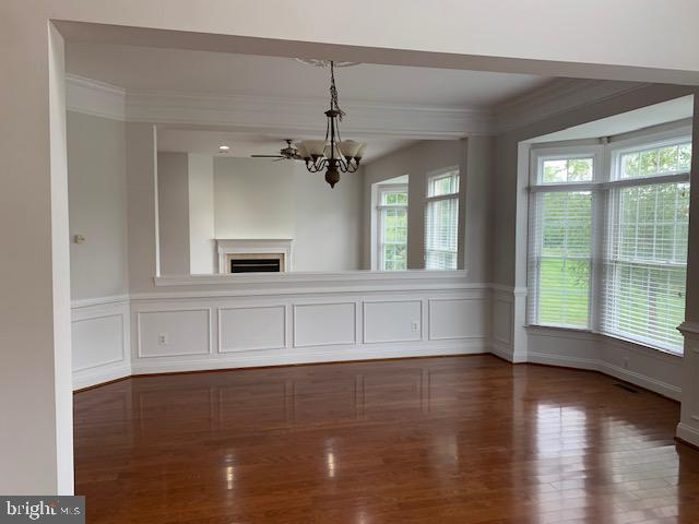 Dining Room with Bay Window and detailed woodwork - 43512 STARGELL TER, LEESBURG