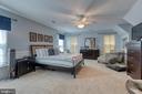 Spacious primary bedroom - 132 NORTHAMPTON BLVD, STAFFORD