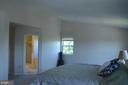 Master suite with vaulted ceilings - 4900 EDGEWARE TER, FREDERICK