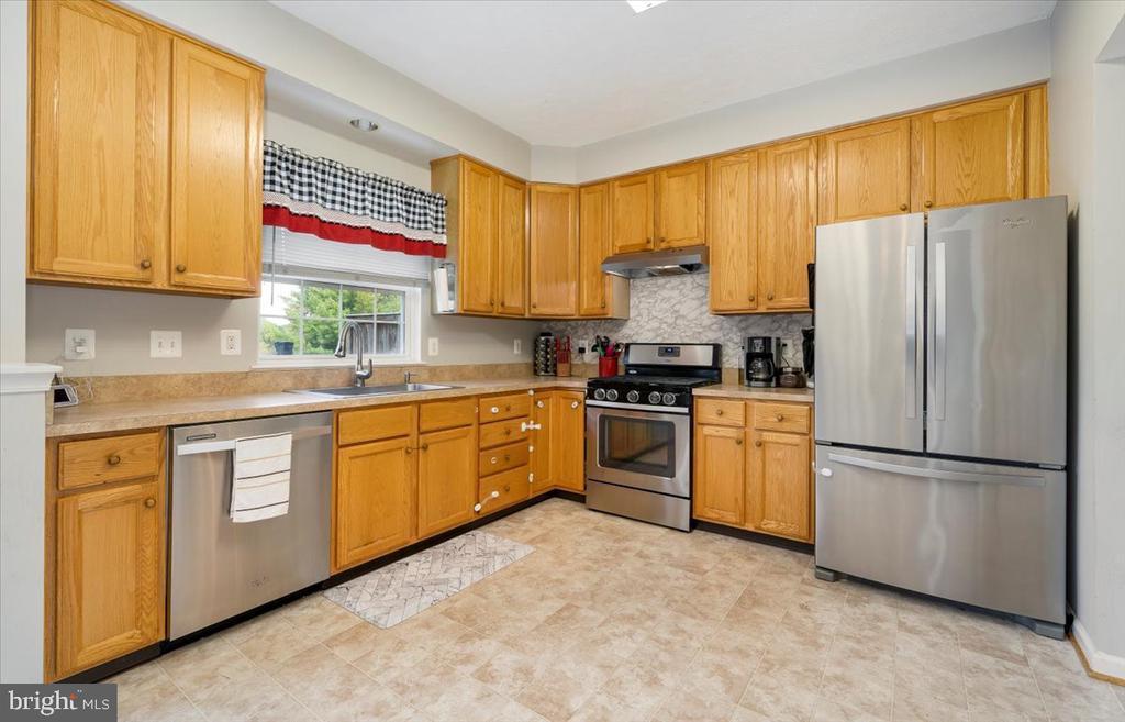 Kitchen - 4810 AMESBURY WAY, JEFFERSON