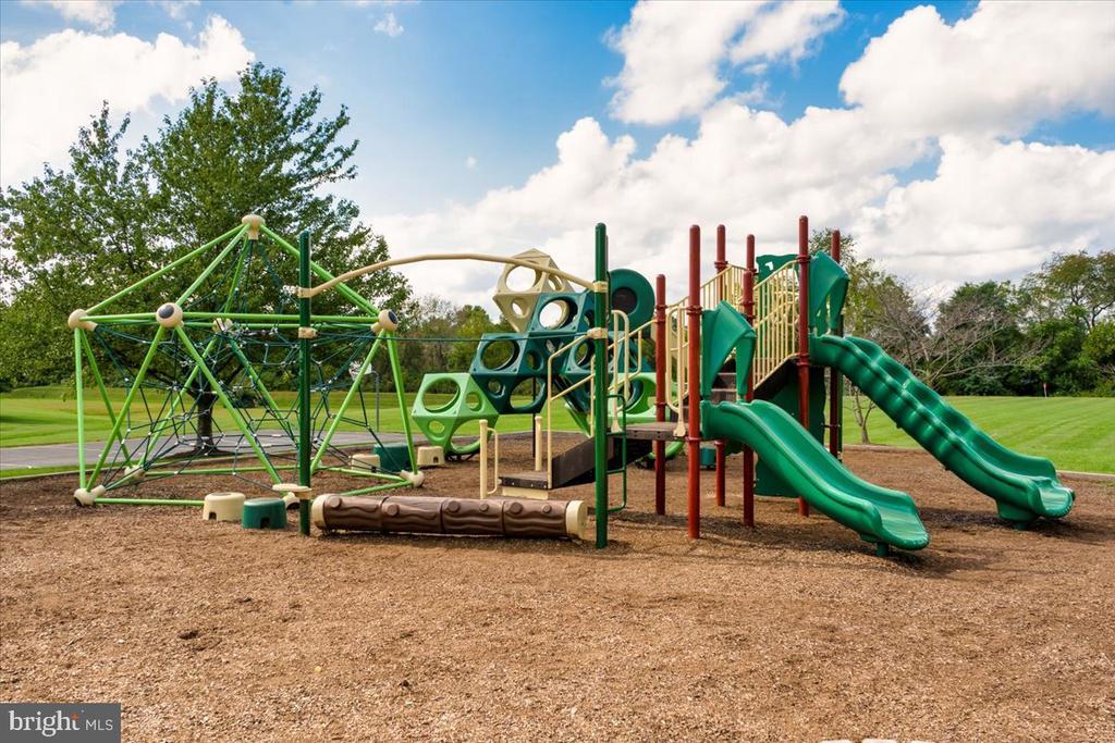 Community Park - 4810 AMESBURY WAY, JEFFERSON