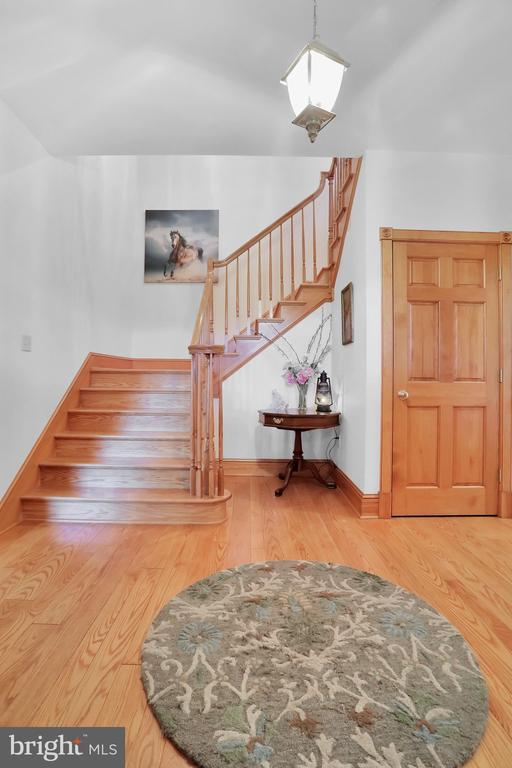 Entrance Foyer from front door - 5201 RELIANCE, MIDDLETOWN