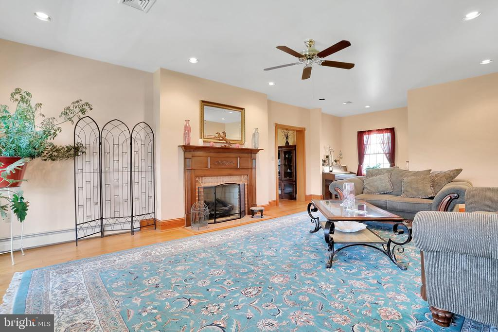 Formal Family Room with 3rd FP - 5201 RELIANCE, MIDDLETOWN