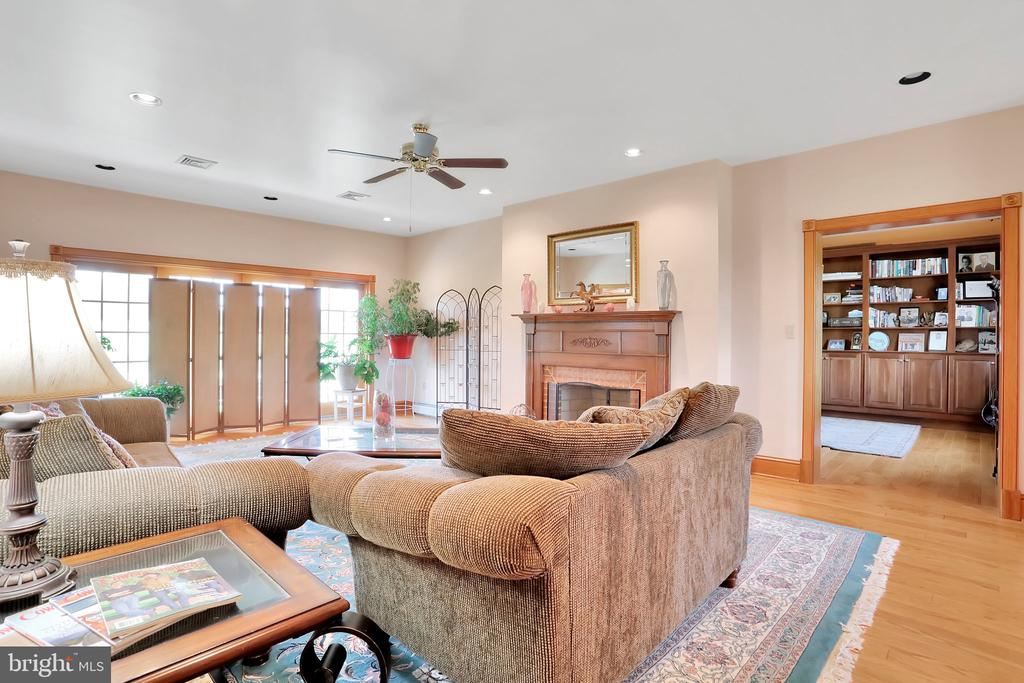 Family room leading into Library - 5201 RELIANCE, MIDDLETOWN
