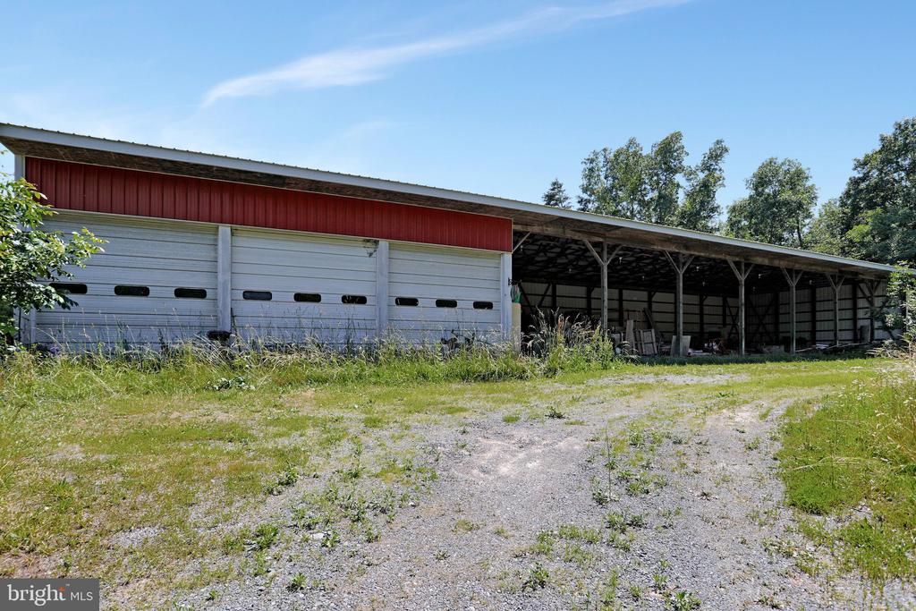 3 bay garage and open face metal barn - 5201 RELIANCE, MIDDLETOWN