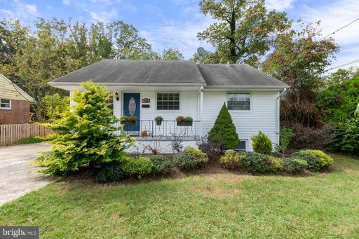 7109 HICKORY HILL RD