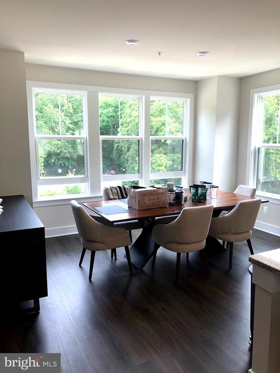 Dining Room - Light filled with Windows on 2 Sides - 12012 N SHORE DR, RESTON