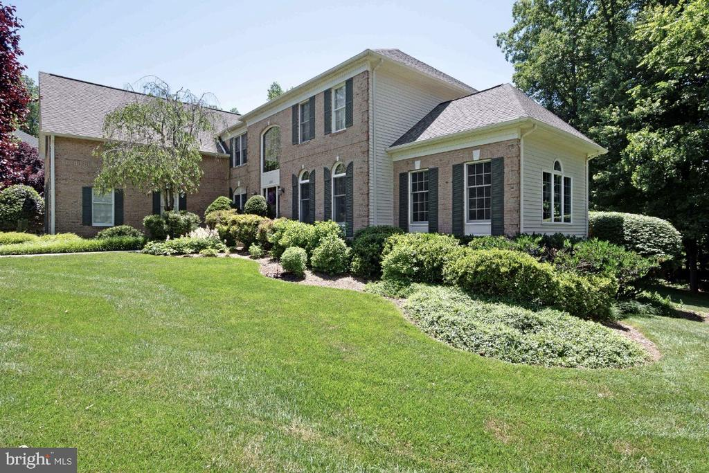 Large private lot - 3200 OX MEADOW CT, HERNDON