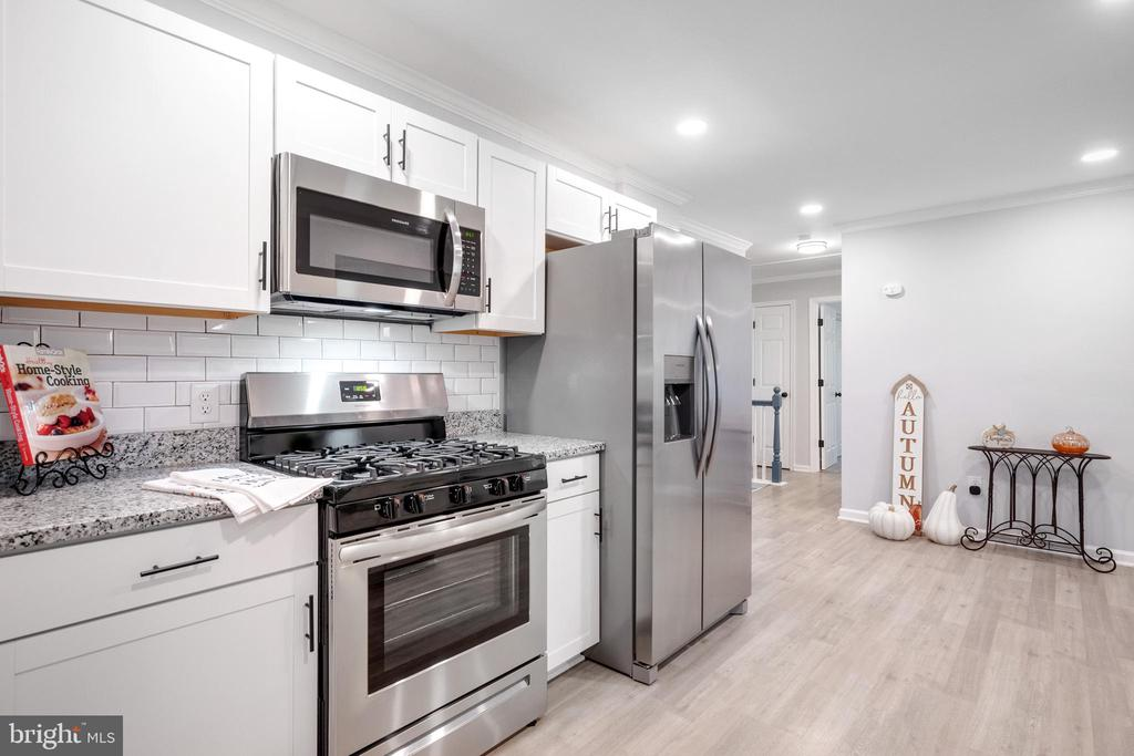 Kitchen with Stainless Steel - 14315 FERNDALE RD, WOODBRIDGE