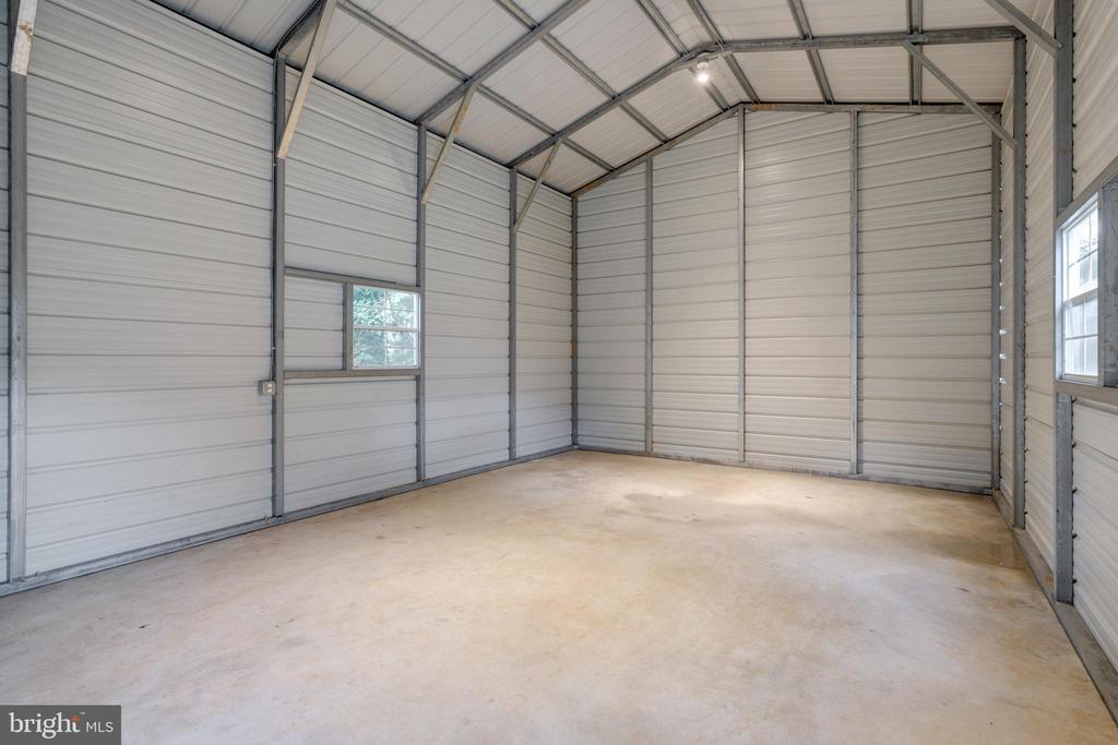 Garage - 14315 FERNDALE RD, WOODBRIDGE