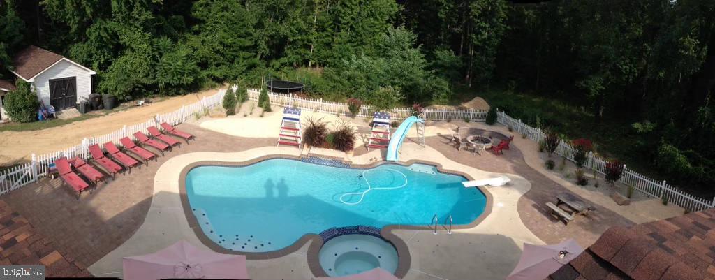 salt water, heated pool & spa + beach area - 8305 VENTNOR RD, PASADENA