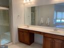 Double sinks in Master Bath - 43512 STARGELL TER, LEESBURG