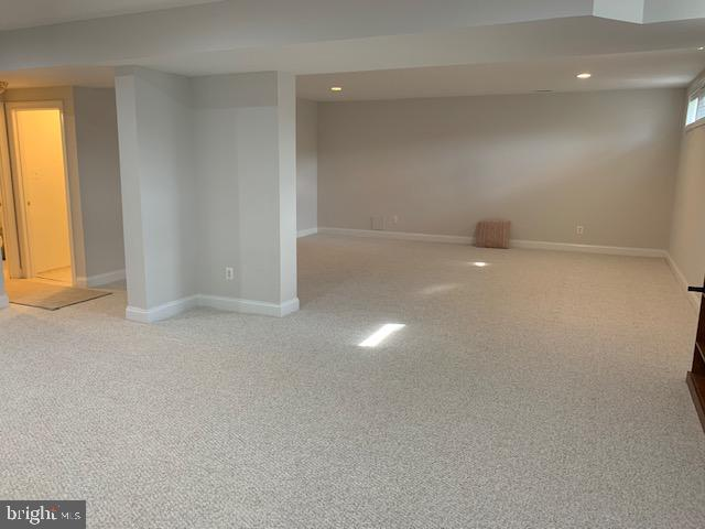 Tons of room in this like NEW space, so fresh! - 43512 STARGELL TER, LEESBURG