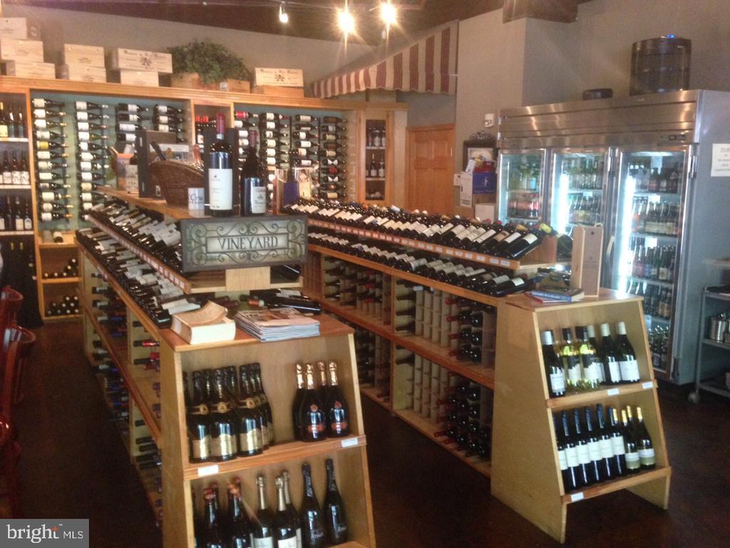 Wine Cru - 4110 WASHINGTON BLVD, ARLINGTON