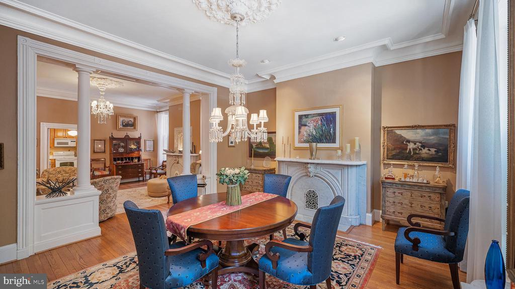 front parlor: 11