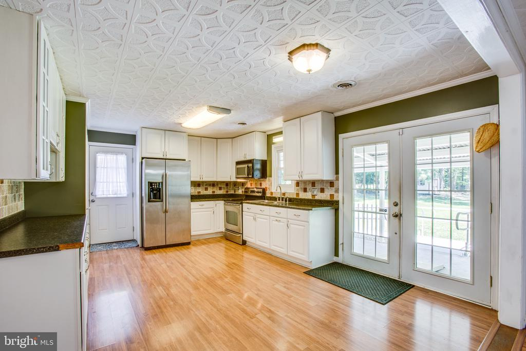 Kitchen - 655 COURTHOUSE RD, STAFFORD