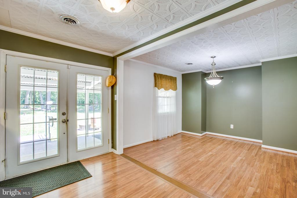 Dining area - 655 COURTHOUSE RD, STAFFORD