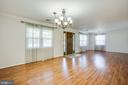 Plenty of natural light - 655 COURTHOUSE RD, STAFFORD