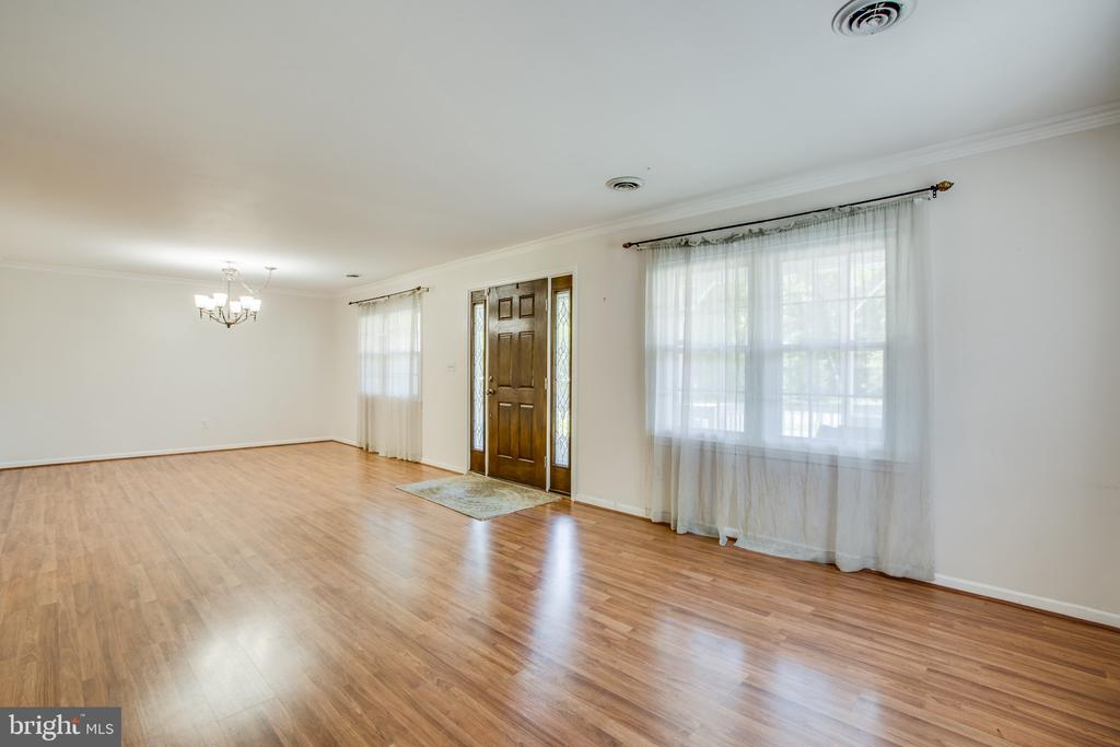 Living room and/or dining area or office - 655 COURTHOUSE RD, STAFFORD
