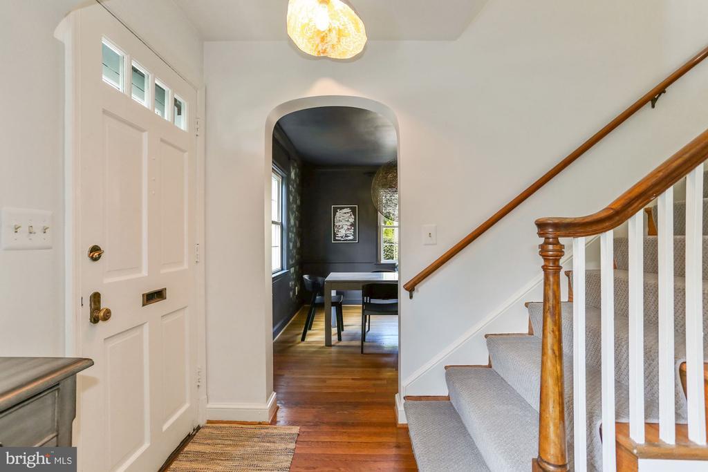 Foyer - 1537 N IVANHOE ST, ARLINGTON