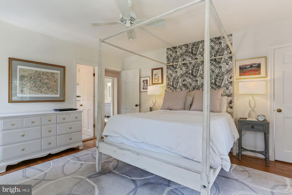 Primary Bedroom - 1537 N IVANHOE ST, ARLINGTON