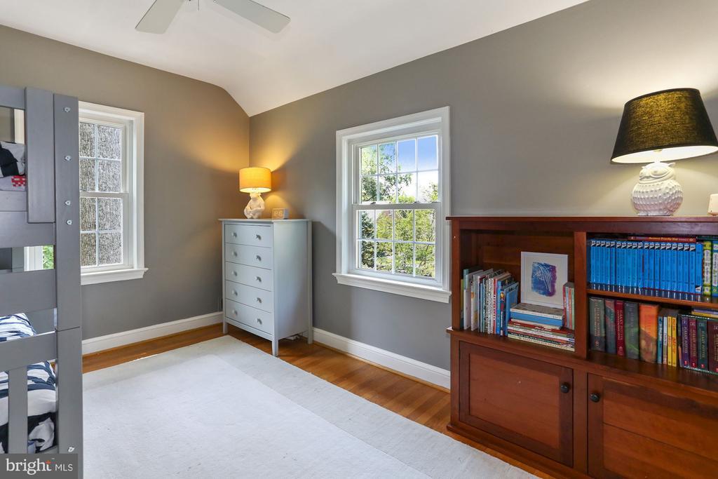 Second Bedroom 2 - 1537 N IVANHOE ST, ARLINGTON