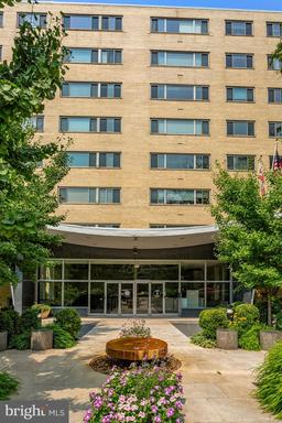 4600 CONNECTICUT AVE NW #823